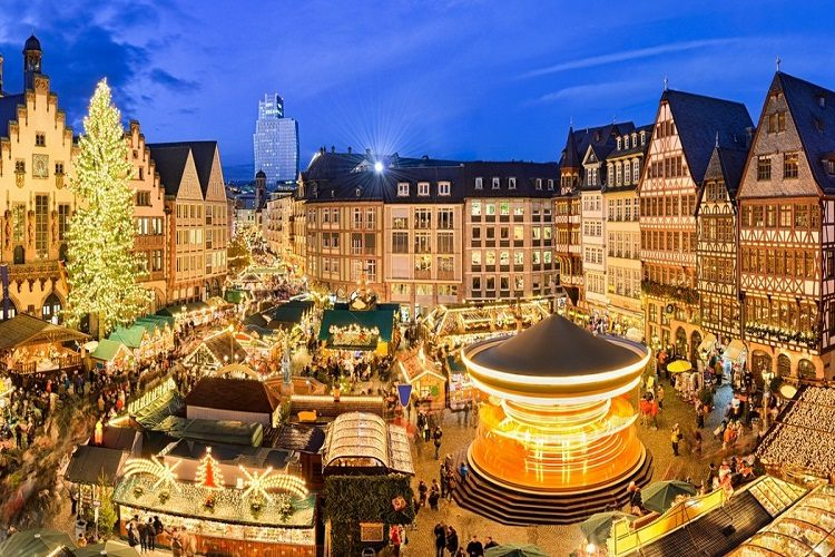 cheap flights to Frankfurt-christmas-market