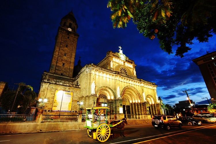 cheap flights to Manila_Cathedral_Night_Fall