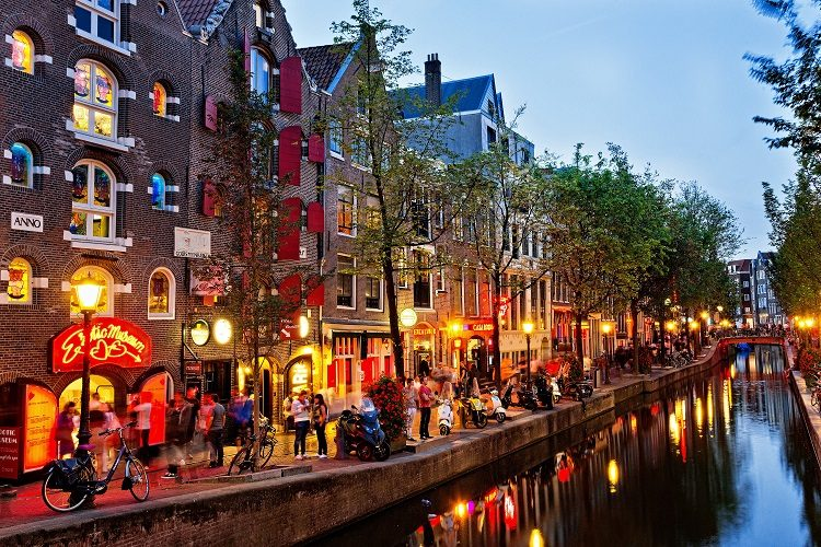 cheap flights to -amsterdam-the-netherlands
