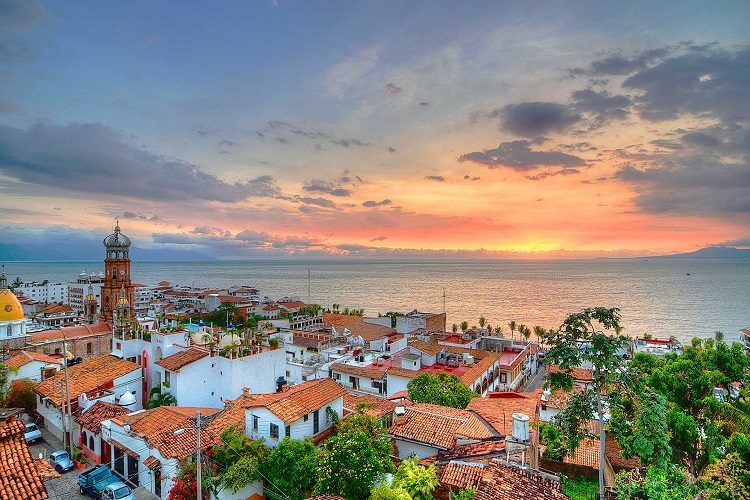 cheap flights to puerto vallarta mexico sunset