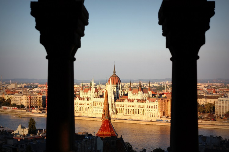 cheap flights to budapest hungary