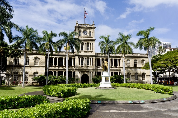 iolani-palace-in-honolulu