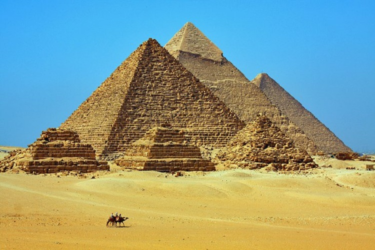cheap flights to egypt-cairo-pyramids