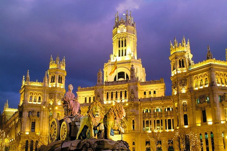 cheaps flights to Madrid