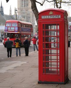 red_phone_box_London_040317-002