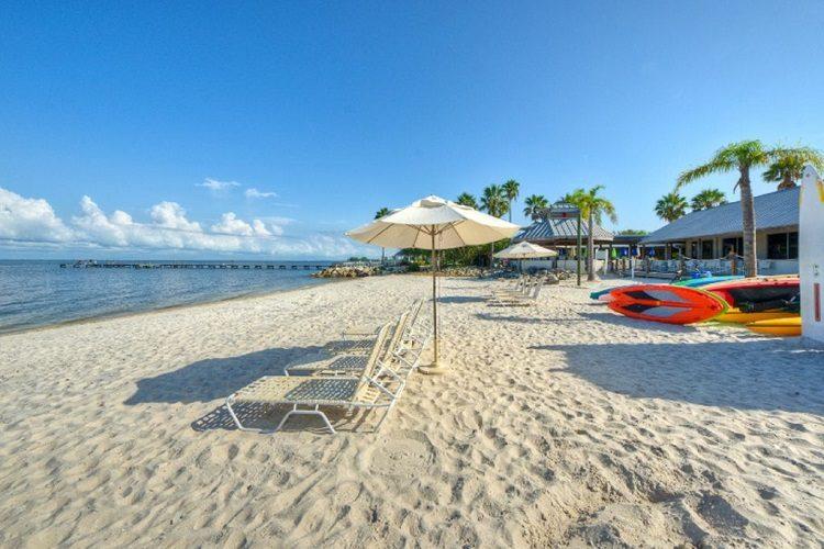 cheap flights to Tampa-Bay-beaches