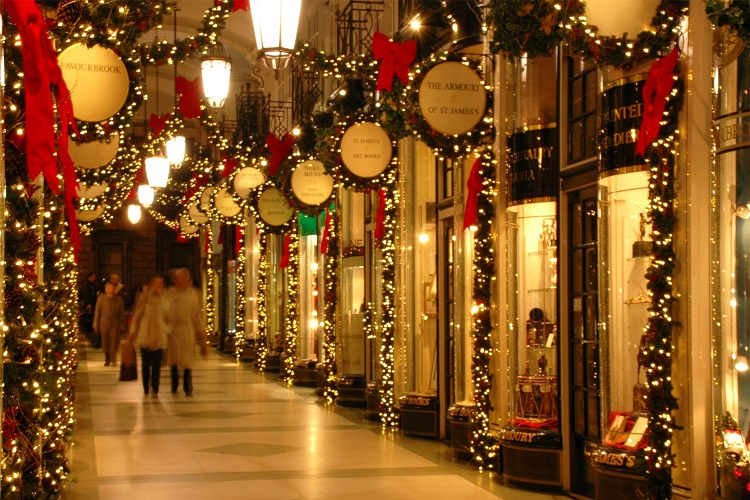 cheap flights for christmas_in_london 750 b